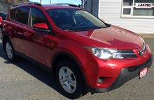 2015 Toyota RAV4 LE FWD PRACTICAL CROSSOVER WITH CONFIDENT HANDLING