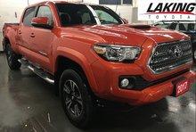 2017 Toyota Tacoma TRD Sport Double Cab LOW KILOMETERS