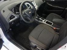 2017 Chevrolet Cruze LS   Photo 6
