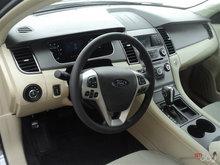 2017 Ford Taurus SE | Photo 11