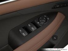 2018 Buick LaCrosse AVENIR | Photo 2