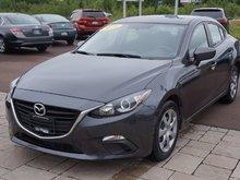 2014 Mazda 3 Skyactiv! Keyless Entry! Bluetooth!