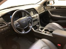 2016 Hyundai Sonata Limited w/Navi, pano sunroof, $173.84 B/W FULLY LOADED, LOW KM, FOUR NEW TIRES