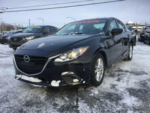 Mazda Mazda3 GS, SIÈGES CHAUFFANTS, BLUETOOTH, CAMERA, MAGS,A/C 2015 JAMAIS ACCIDENTÉ, UN SEUL PROPRIÉTAIRE