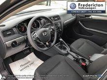 2017 Volkswagen Jetta Trendline plus 1.4T 6sp at w/Tip