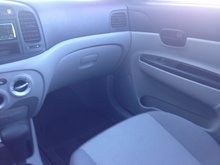 2007 Hyundai Accent GL w/ COMFORT PKG GL...LOCAL TRADE..SUPER CLEAN..LOW KMS...NEW TIRES!!
