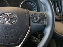 2016 Toyota RAV4 XLE - AWD IMPECCABLE! AWD! AIR CONDITIONED! HEATED SEATS! BLUETOOTH! MAGS! SUNROOF! BACK UP CAMERA!