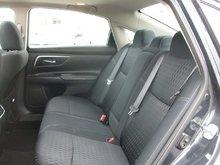 2017 Nissan Altima Sedan 2.5 CVT Contact for more info