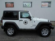 Jeep Wrangler SPORT 2012 LIFT KIT 2''1/2 ET PNEU 33'' MUD NEUF!