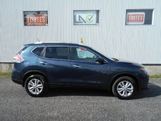 Nissan Rogue  2016 COMME NEUF