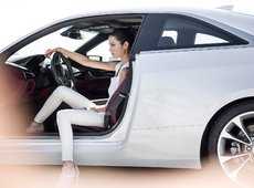 The Purchasing Power of Women in the Automotive Industry