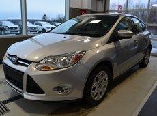 Ford Focus SE  SIÈGE CHAUFFANT  PNEU D'HIVER INLUS!! 2012
