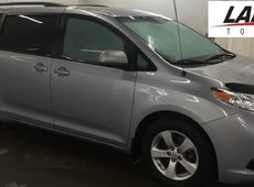 2014 Toyota Sienna LE 8 PASSENGER COMFORT WITH EXTENDED WARRANTY