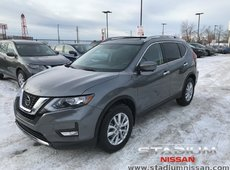 2018 Nissan Rogue SV Moonroof + Technology Package