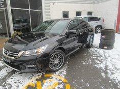 Honda Accord Sport-deux ensembles de pneus hiver et été. 2013