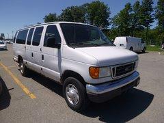 Ford Econoline Wagon GROUPE ELECTRIQUE AC BIEN EQUIPE 2004