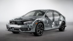 The sporty and practical 2017 Civic Hatchback is coming to Montreal, Quebec - 3