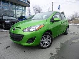 Mazda Mazda2 2012 Manuelle, GX. Air, cruise, Juste 95km il est neuf! GX, Air, Manuelle, cruise, neuf
