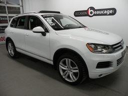 Volkswagen Touareg 2013 TDI/ HIGHLINE/ ENS. SPORT/ TOIT/ CAMÉRA DE RECUL/ NAVIGATION/ CUIR/ HAYON AUTOMATISÉ/ VITRES TEINTÉES