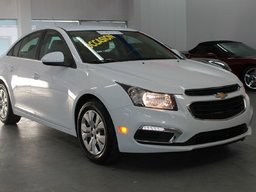 Chevrolet Cruze LT - A PARTIR DE 0.9% - CAMRE DE RECUL 2015 BLUETOOTH