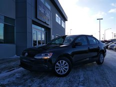 Volkswagen Jetta 2.0L CL MAN**A/C,BAS KM,BLUETOOTH** 2014