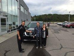 Nissan pathfinder sv noir 2017