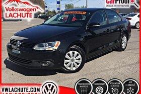 Volkswagen Jetta TRENDLINE PLUS + AIR + NO CARPROOF + ACHETÉ ICI + 2014