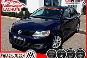 Volkswagen Jetta TRENDLINE PLUS + AIR + FOG + CHAUFFE-MOTEUR + 2014