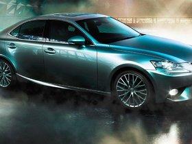 Lexus IS 2015 – Sportier Personality