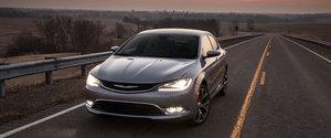 Chrysler 200 2016: une berline sportive au look inégalé