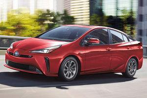 Toyota Prius AWD 2019 bientôt disponible chez Spinelli Toyota à Montréal!