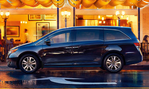 2014 Honda Odyssey – A spacious and versatile interior, plus great fuel economy