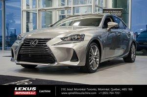 2017 Lexus IS 300 LUXE AWD; CUIR TOIT GPS  LSS+ AILERON $4,609 D'ÉCONOMIE DU PDSF - LIQUIDATION FINALE 2017