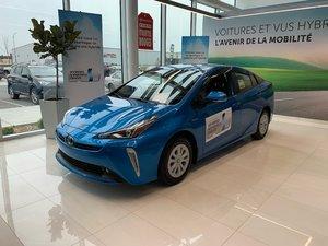2019 Toyota Prius Base AWD !