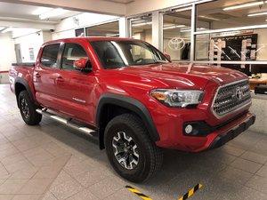 2017 Toyota Tacoma TRD Double CAB SHORT BOX + $2500 d'accessoires