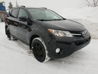 Toyota RAV4 2015 XLE AWD - NAVIGATION + TOIT - WOW!!