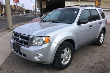 2011 Ford Escape 4WD V6 XLT - VEHICLE SOLD AS-IS! INQUIRE TODAY!