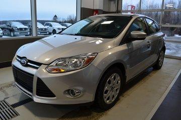 2012 Ford Focus SE  SIÈGE CHAUFFANT  PNEU D'HIVER INLUS!!