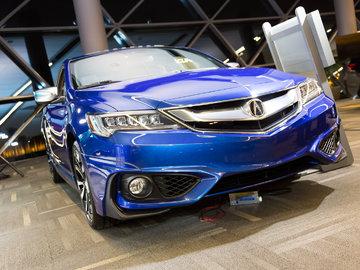 Ottawa Auto Show: 2016 Acura ILX