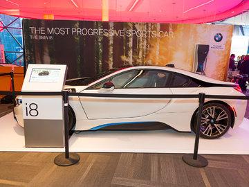 Ottawa Auto Show 2017: BMW i8