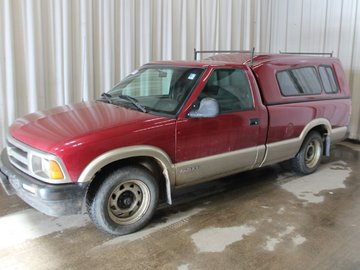 1994 Chevrolet S-10 LS 4.3L 6 CYL AUTOMATIC RWD REGULAR CAB