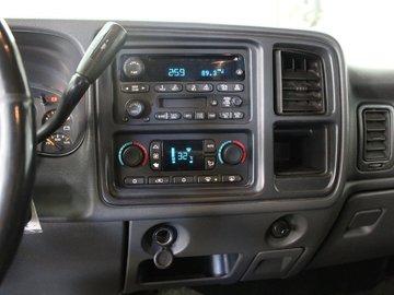 2004 GMC Sierra 1500 SLT 5.3L 8 CYL AUTOMATIC 4X4 CREW CAB
