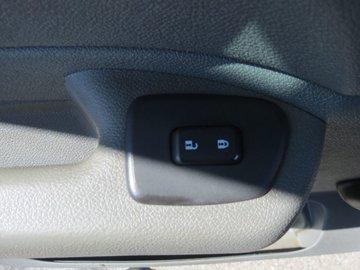 2011 GMC Sierra 1500 WT 4.8L 8 CYL AUTOMATIC 4X4 CREW CAB