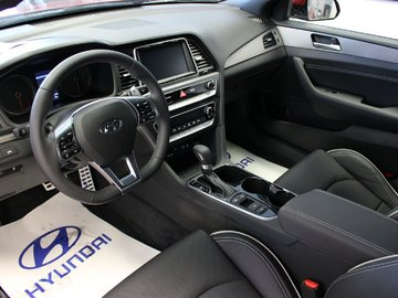 2018 Hyundai Sonata 2.0T Sport