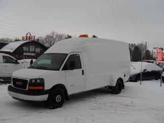 GMC Savana 3500 2011