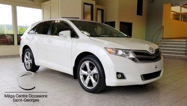 2015 Toyota Venza LE / Awd