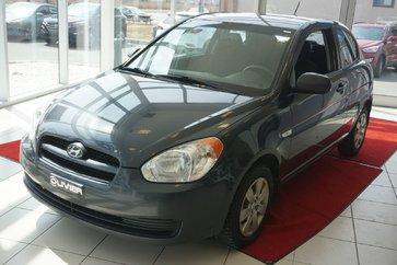 Hyundai Accent TRÈS PROPRE-PNEUS NEUF 2011