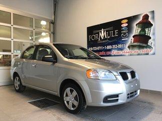 Pontiac G3  2010