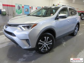 Toyota LE AWD Gr:B *TRÈS BEAU!* TI LE 2017