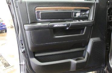 2017 Dodge Ram 3500 LARAMIE 6.7L 6 CYL TURBODIESEL 4X4 CREW CAB